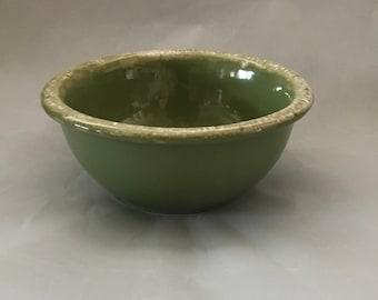 vintage mid century circa 1960s Dark green dripware mixing bowl Oven Proof U.S.A Hull green agate