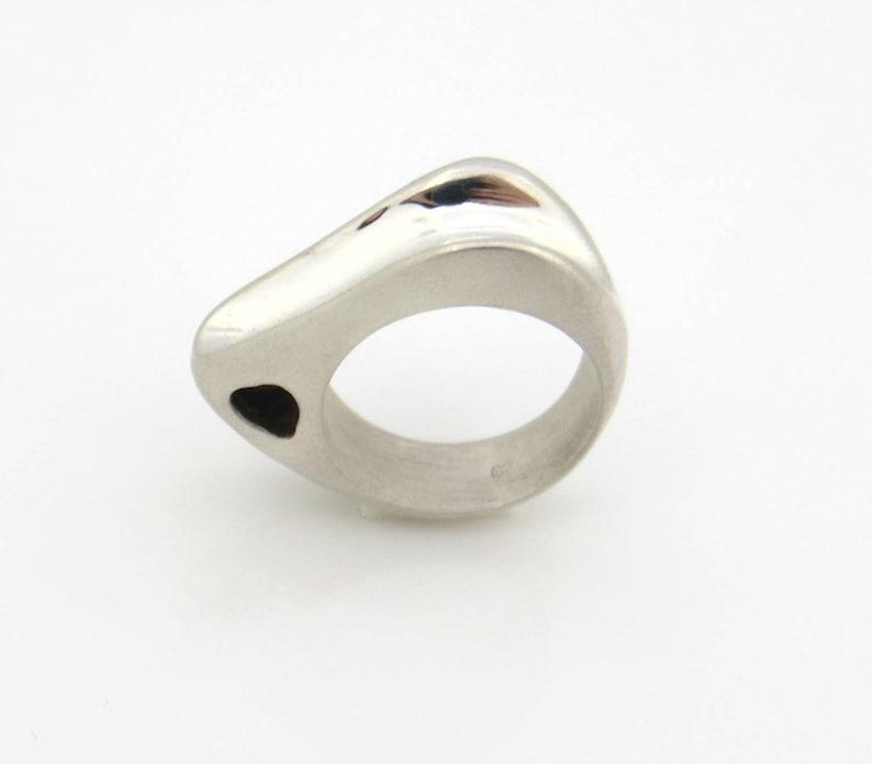 Geometric triangle ring Unique womens rings Elegant ring,Boho Statement ring Geometric womens ring Minimalist ring Big minimal ring