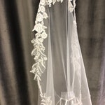 Veil with lace (like lace your dress) 2,8 m