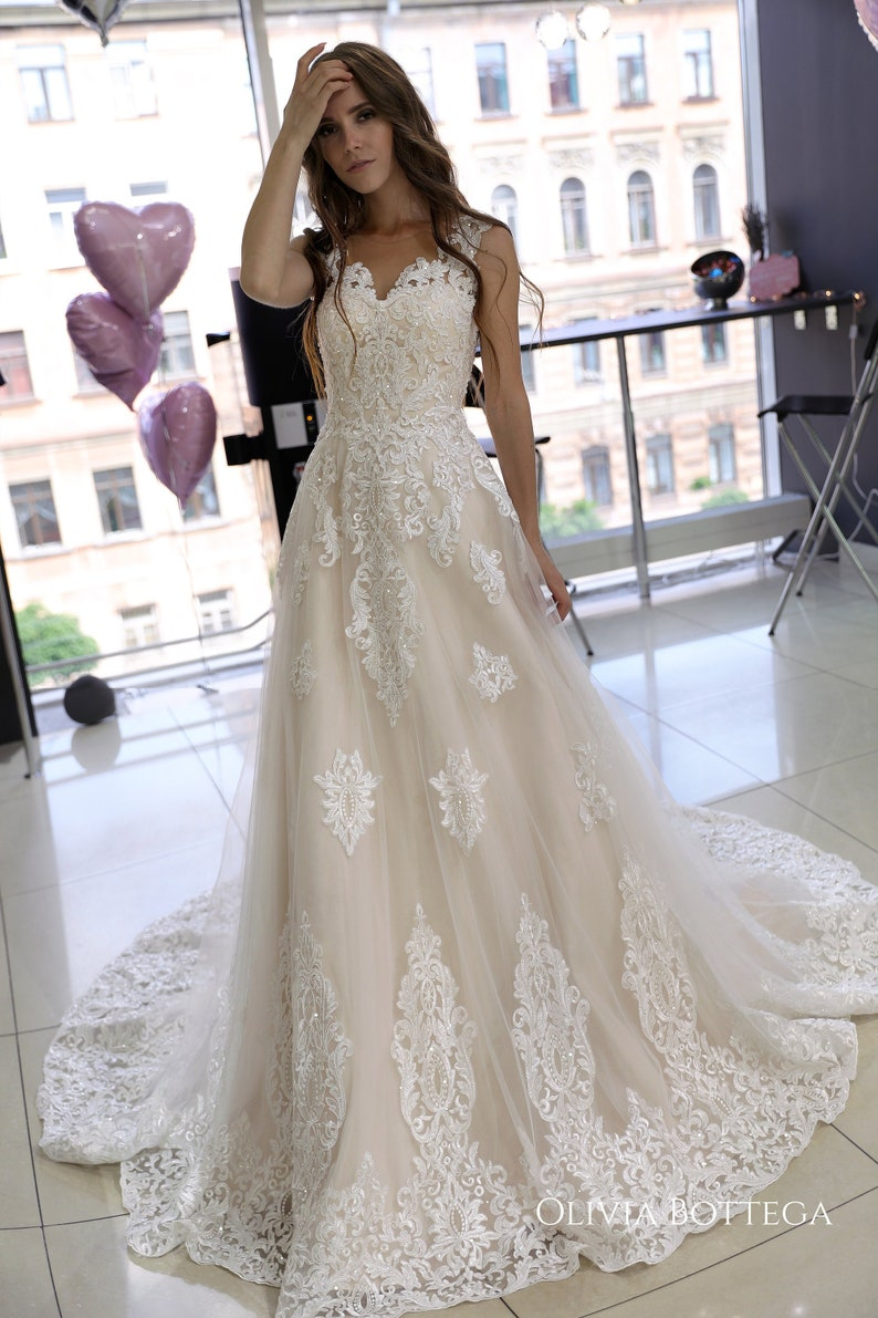 84374f778a974 Classic A line wedding dress Heitys by Olivia Bottega. Lace | Etsy
