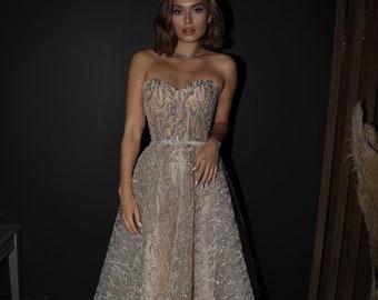 Evening glitter dress Monro by Olivia Bottega, medium length. Sweetheart neckline, without sleeves,ball skirts, party dress, sparkling dress