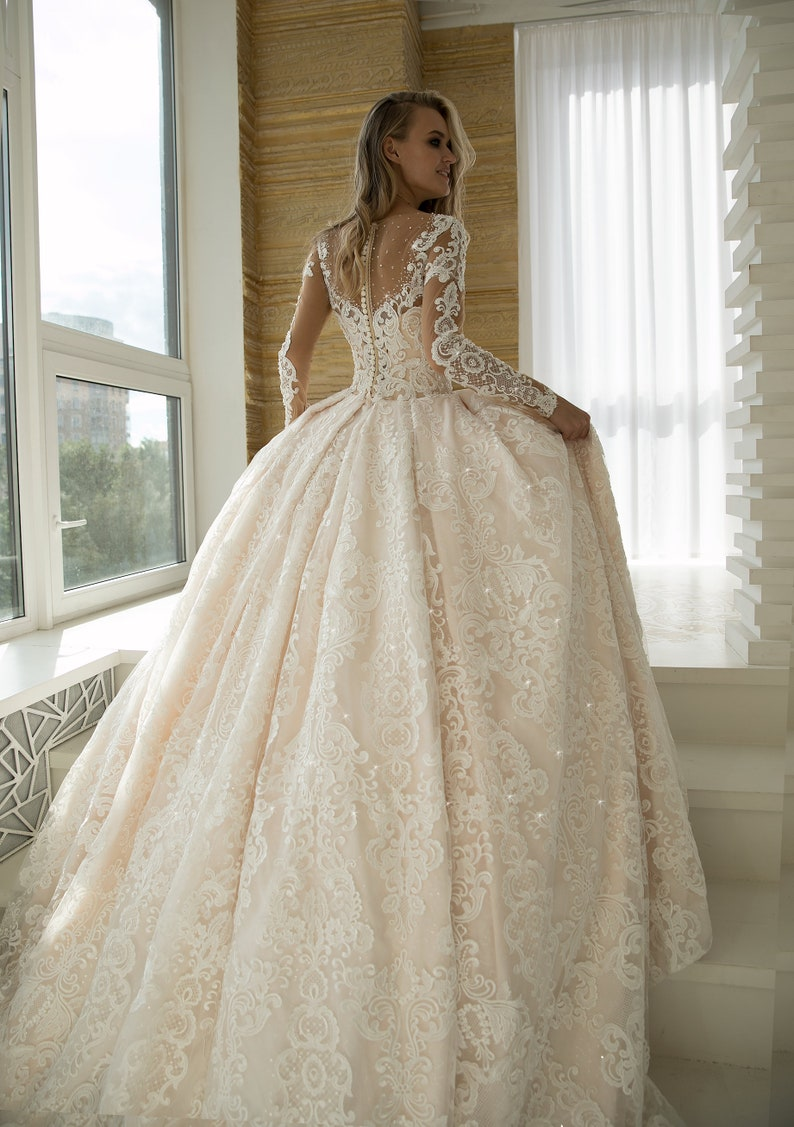 32fda35279ac2 Mod wedding dress Elmis by Olivia Bottega. Lace wedding dress. | Etsy