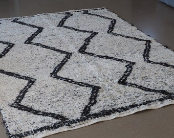 Recycled cotton rug reversible black and white black and white durable eco-friendly ethics Scandinavian design Berber Bohemian chic