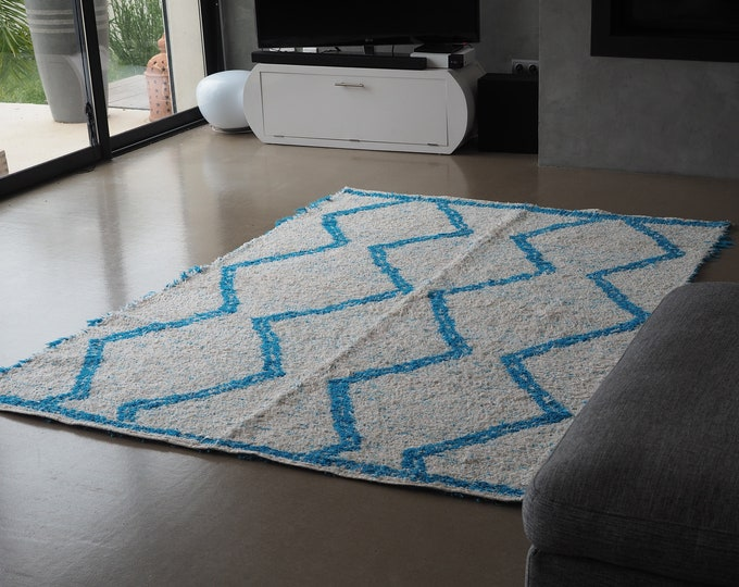 Recycled cotton rug reversible turquoise and white durable eco-friendly ethics Scandinavian design Berber Bohemian chic