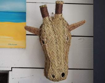Giraffe head esparto natural wall decoration hand braid traditional Andalusian crafts and ethical sustainable eco-friendly fair trade