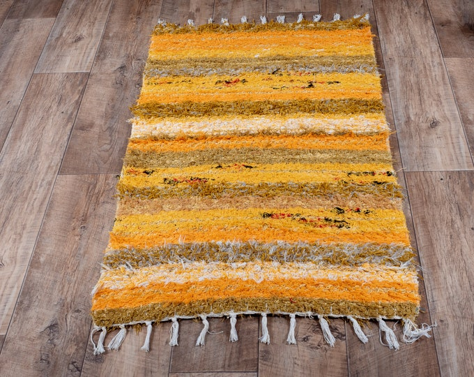 Double yellow cotton carpet recycled eco-friendly eco contemporary bed descent. 60cm 120cm