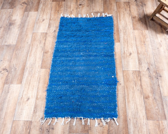 Double white blue carpet recycled cotton recycled eco ecological contemporary interior descent bed. 60cm 120cm