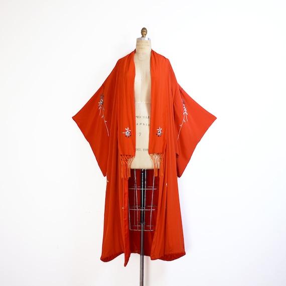 early 20th century crepe silk embroidered kimono … - image 2