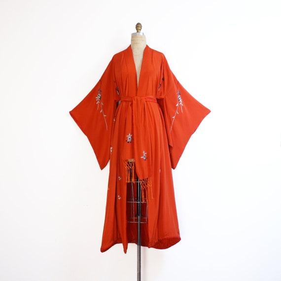 early 20th century crepe silk embroidered kimono … - image 3