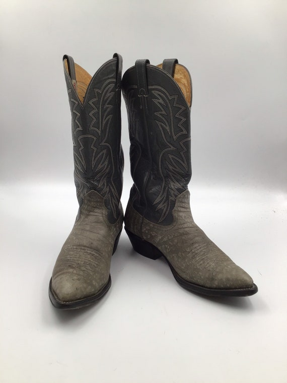 Grey leather cowboy boots 9