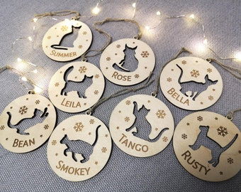 Personalized cat ornament, Christmas cat ornament, Christmas tree decoration, Custom cat shape, Cat name engraved, Cat breed, Hanging Bauble