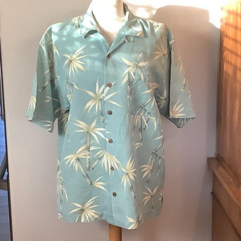 Medium Tommy Bahama Hawaiian all Silk Red Aloha Shirt