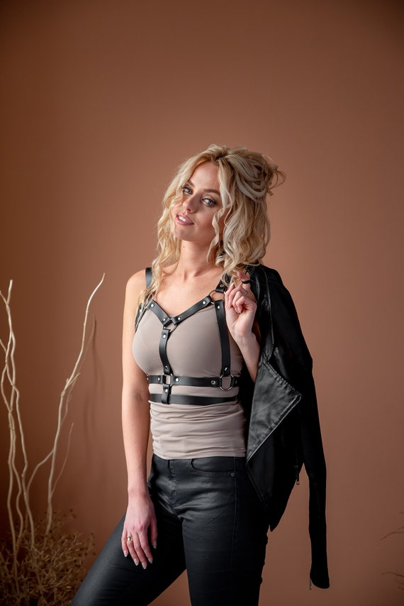 bdsm lingerie harness belt bdsm-gear for women Women vegan leather harness chest harness submissive clothing