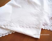 "Tablecloth with Richelieu embroidery, 168 cm x 130 cm, 66ŵx51, ""cotton,"