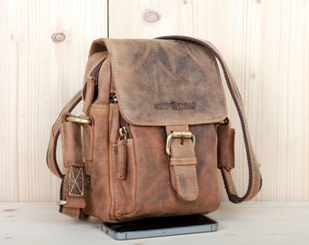 Small Leather Shoulder Bag unisex in Vintage Style saddle brown used look