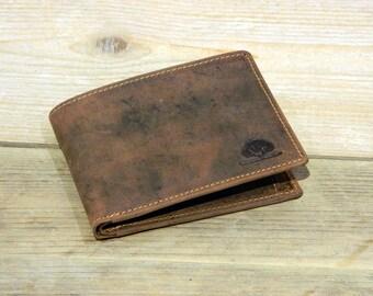 Flat Leather Wallet Purse in Vintage Stylehorizontal format brown used look