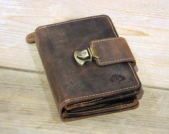Ladies Leather Wallet in Vintage Design saddle brown used look