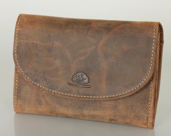 Leather Wallet Women's Purse in Vintage-Style saddle brown used look
