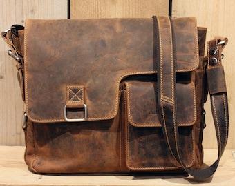 Shoulder Bag Leather A4 Messenger Bag with removable Waist Bag in Vintage Style saddle brown