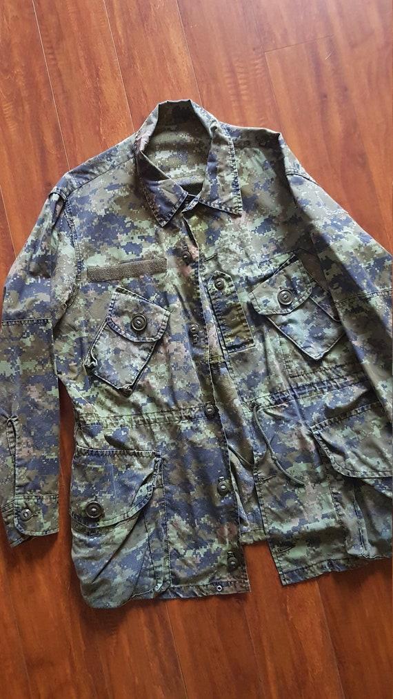 Vintage digi camo military button up smock