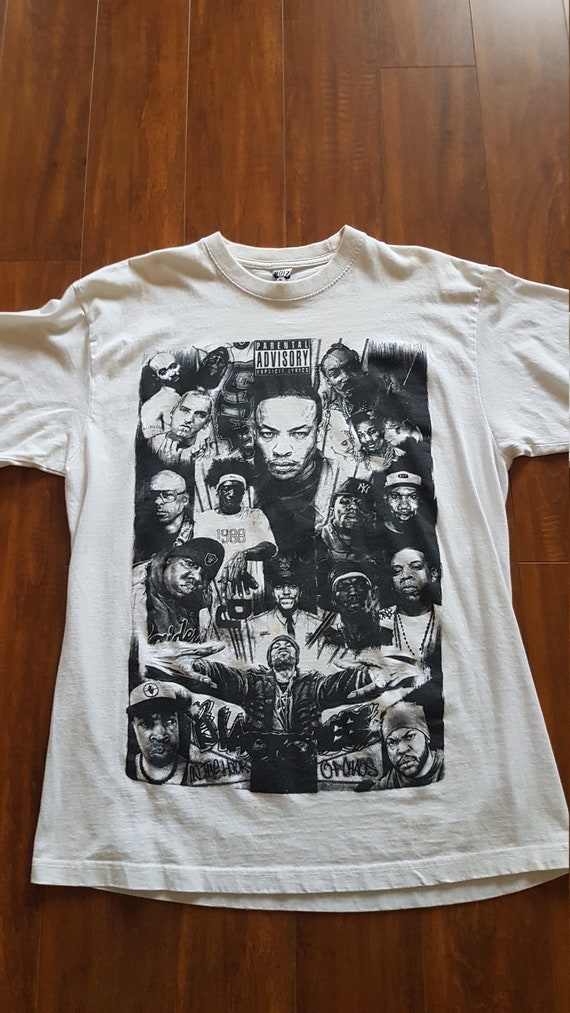 Legends rap tee
