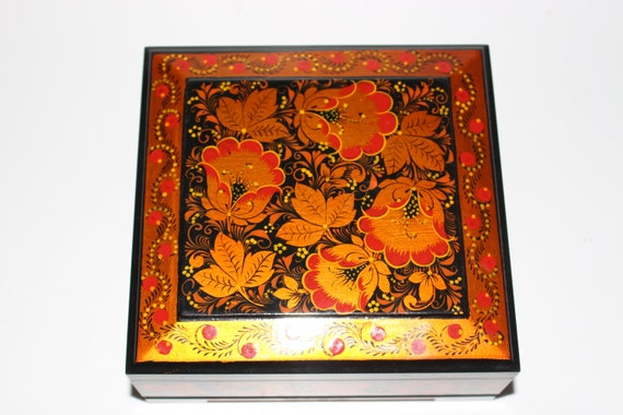Russian lacquer BOX, vintage jewelry box, handmade
