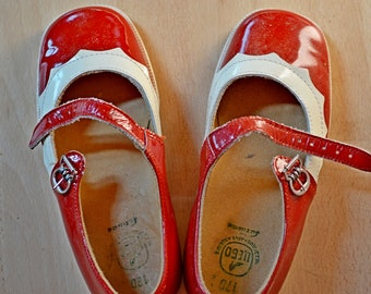 67be594596885 Soviet kids sandals | Etsy