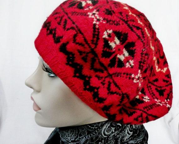 Size 58/59 Beret Handknitted Estonian Wool Beret D