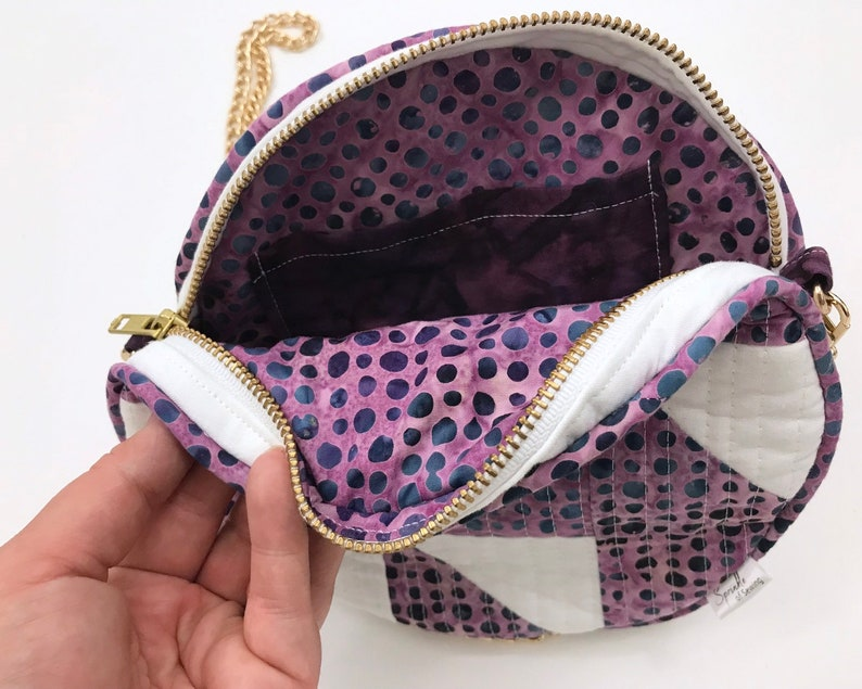 Quilted Round Purse 14