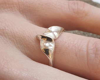 Whale Ring | Silver Animal Ring | Ocean Ring | Ethical Ring | Mermaid Ring | 925 Sterling Silver