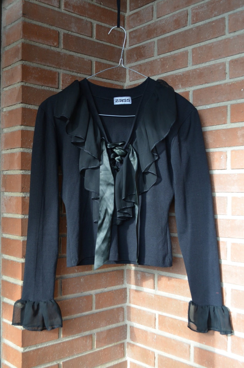 90s VictorianNew Romantic chiffon Ruffled collar with satin laces Black Top