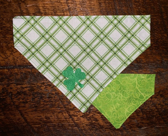 Reversible Lucky Pet Bandana, Assistedly Made by Young Adults with Special Needs, Made in Montana Thru Collar Bandana, Ready to Ship!
