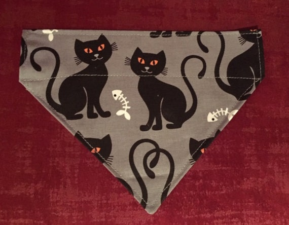 Black Cat Bandana, Cat Clothing, Binx, Pet Bandana, Hocus Pocus, Over the Collar Bandana, Sabrina, Witches Cat, Superstition, Feline, Kitty
