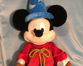 5ff673f8e29 Mickey Mouse - Fantasia - Sorcerer s Apprentice - Plush - Disney - Disney  Store - Walt Disney - Fantasmic - Disneyland