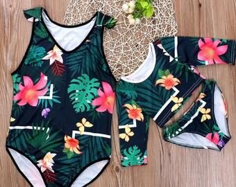 25f505bafa063 Matching Floral Family Swimwear ( 4PCS)