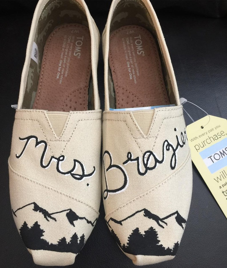 1eb3a34799ec6 Wedding shoes - Mountain scenery custom hand painted shoes