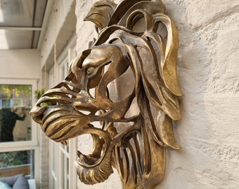 Large lion head - Wall mounted