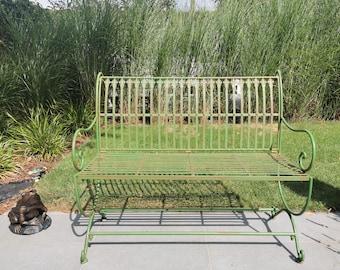 Wrought iron garden bench - Green color