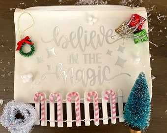 Elf Door Accessories Kit with Carrying Case - Christmas Holiday