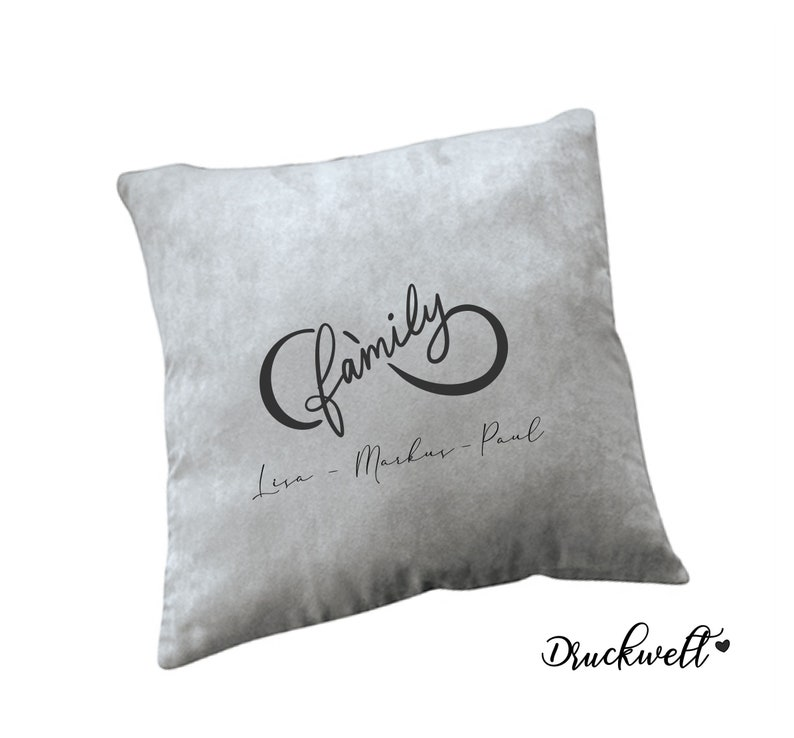 Pillow Family with name
