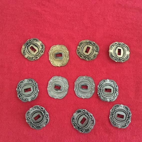 Vintage 2 pcs plate closure hardware