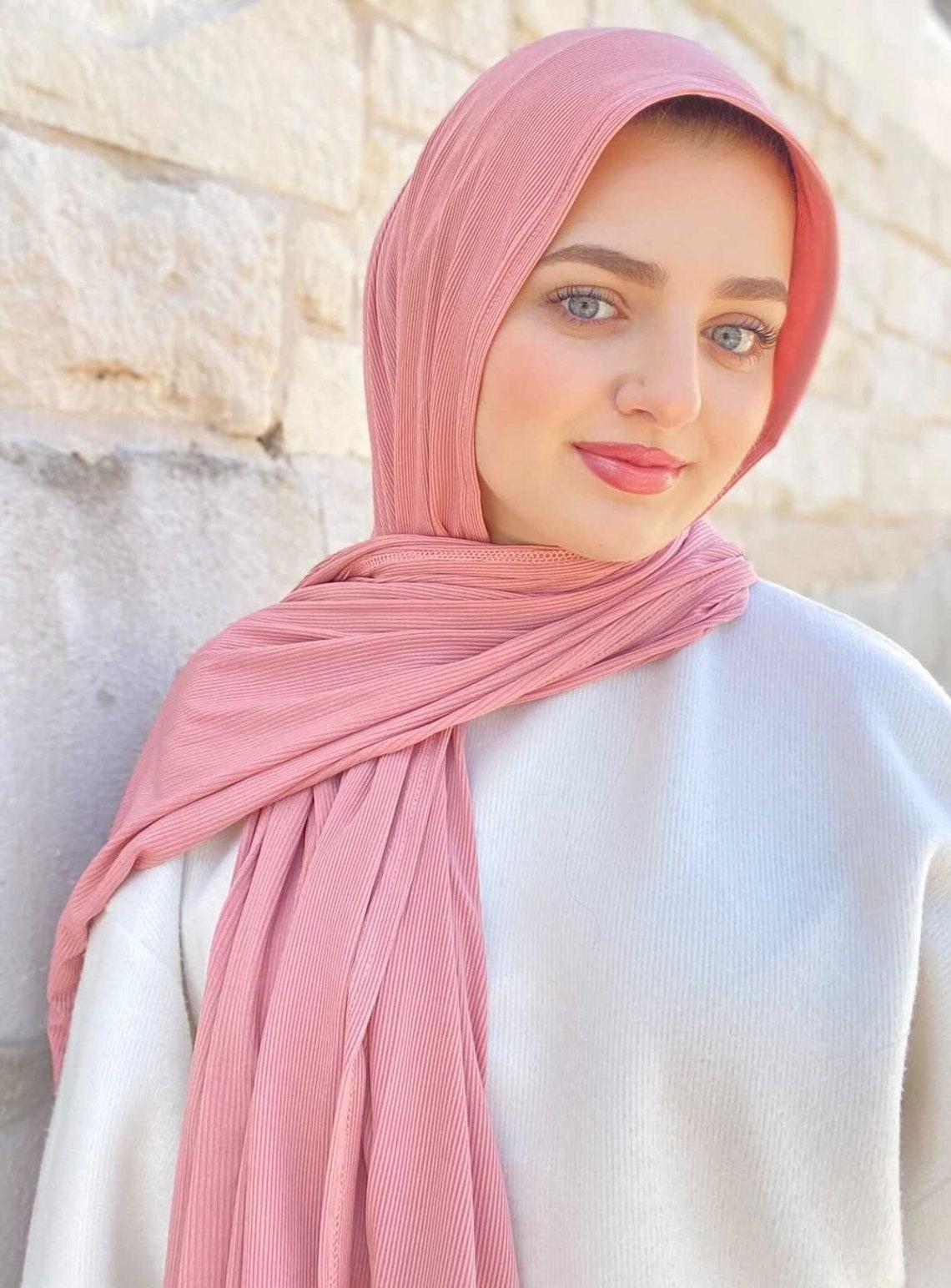 Luxury Hijabs   Hijab, Modest fashion, Luxury