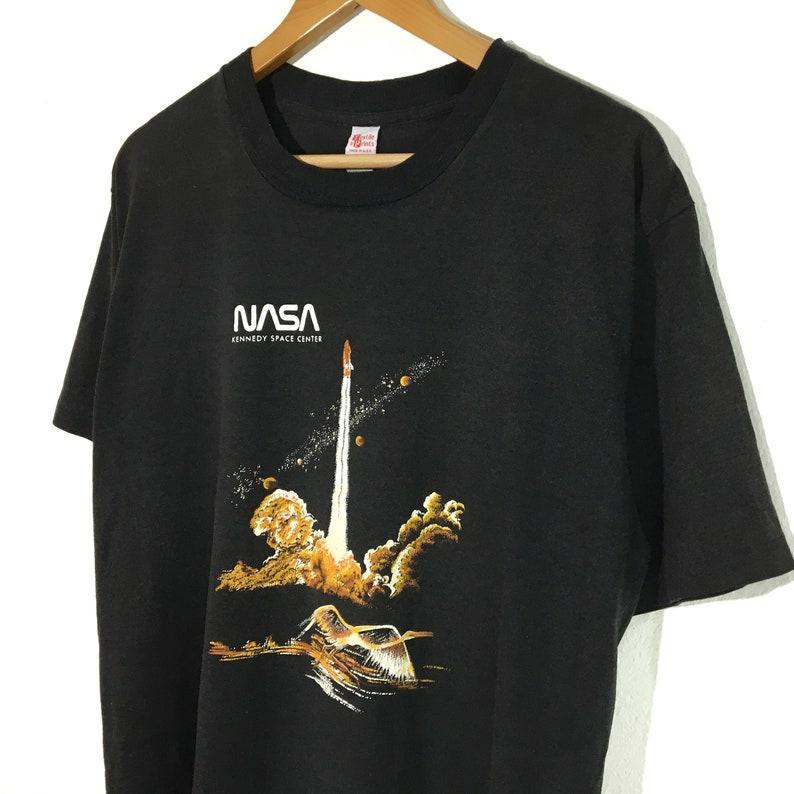 Vintage Nasa Kennedy Space CenterT-ShirtTopsTeesXL size