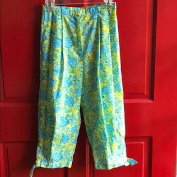 Vintage 1960's Lilly Pulitzer Clamdiggers Size 6-8 - image 2