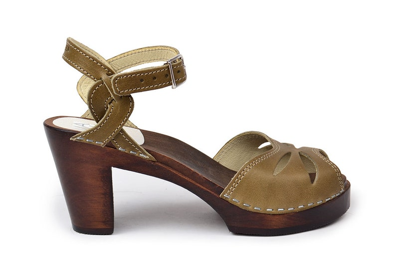 dfa0b46007f95 Swedish High Heel Clog Sandals / Clogs for Women / Retro Clogs / Green  Clogs / High Heel Mules / Wooden Clog / Maguba Clogs / Rio Olive