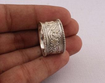 Ladvadorite Ring,Handmade Ring,Unique Ring,Antique ring,Boho Ring,Anniversary Ring,Wedding Ring,Vintage Ring,Gift Ring,Deco Ring