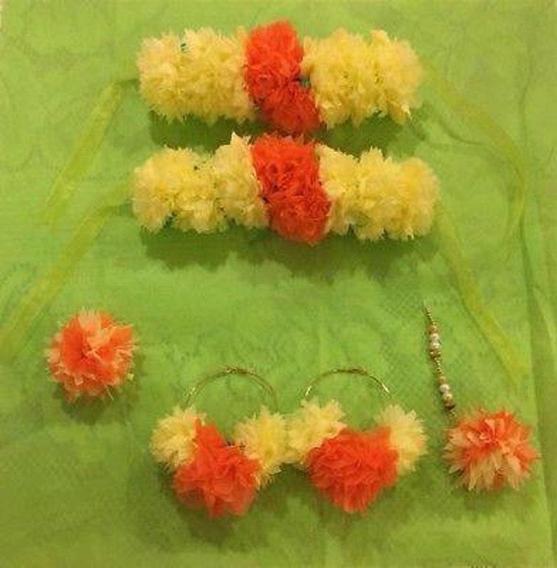 MayoonMehendi Artificial flower jewelry set