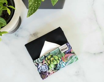 Washable handkerchief pouch with a pocket side for stained handkerchiefs (black/succulent)