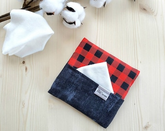 Washable handkerchief pouch with pocket side for stained tissues. (woodcutter / worn black)