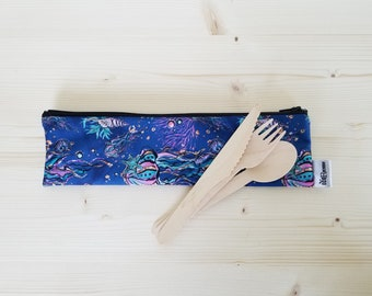 GREAT pouch for utensils/straw/ toothbrush (jellyfish)